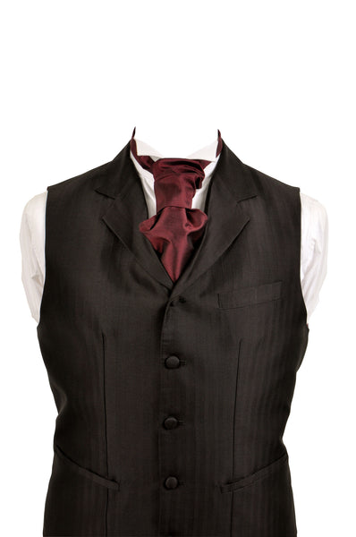 Cravat in wine red silk taffeta