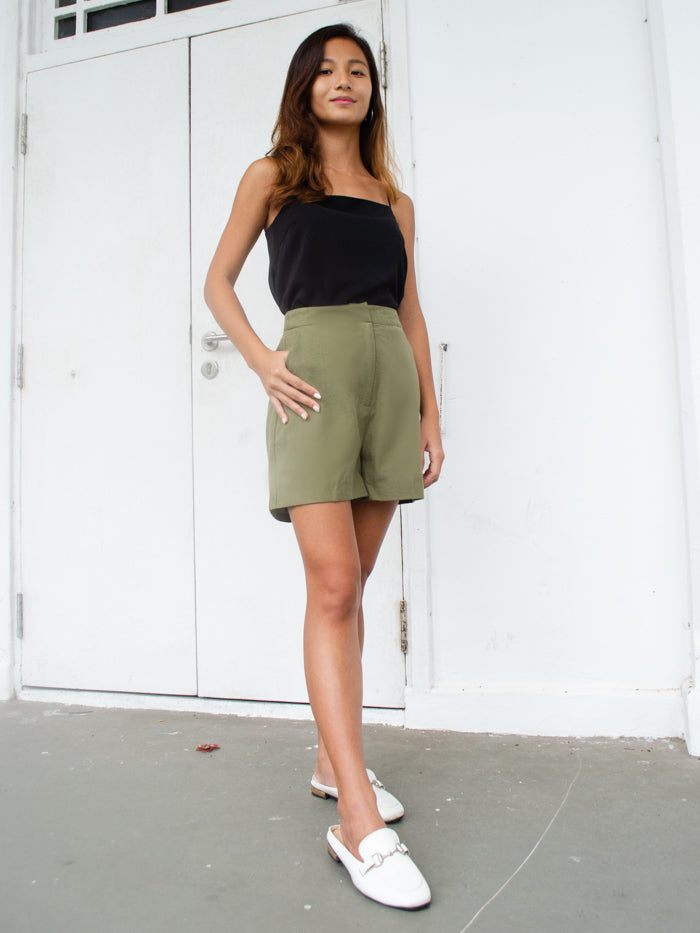 EVIE LINEN SHORTS (OLIVE)