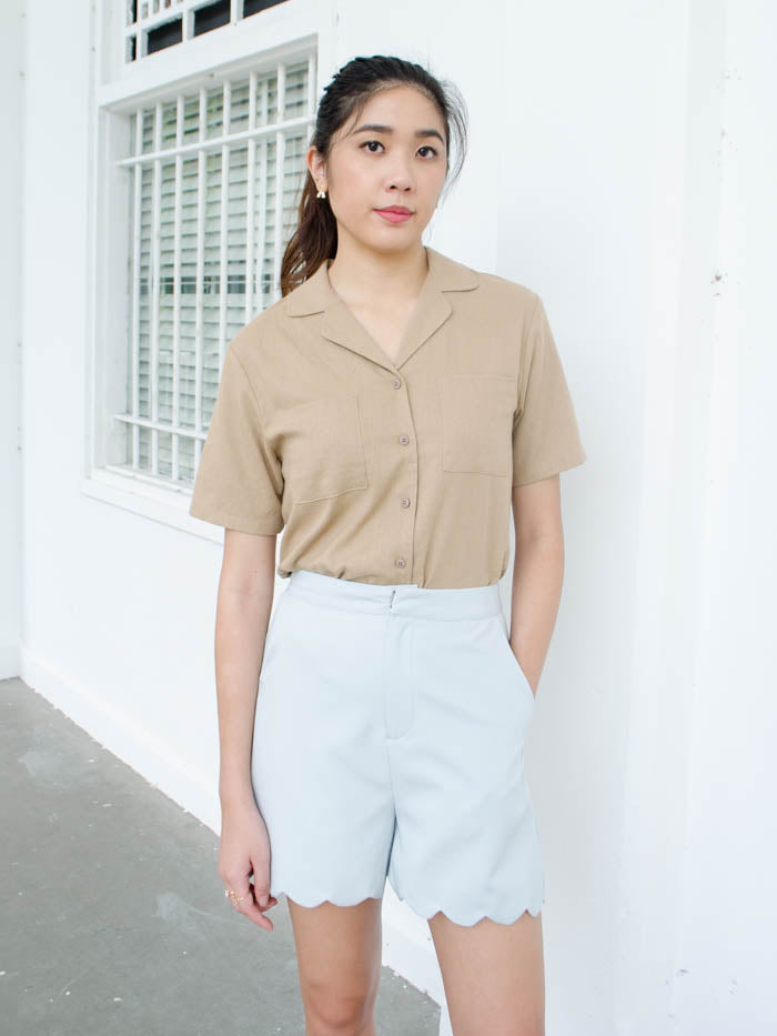 MILLER COLLARED TOP (TAUPE)