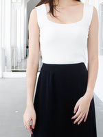 Load image into Gallery viewer, KAI SQUARE KNIT TOP (WHITE)
