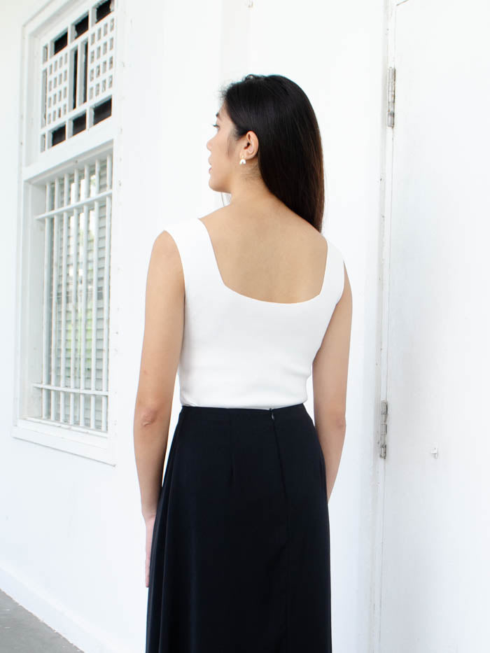 KAI SQUARE KNIT TOP (WHITE)