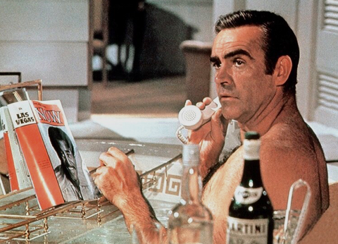 "Scene from the film ""diamonds are forever"" where the main actor Sean Connery is in the bath"