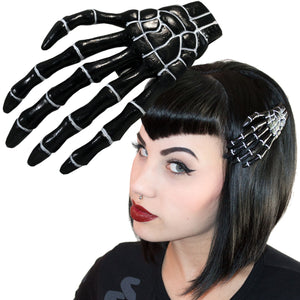 Black Skeleton Hand Clip
