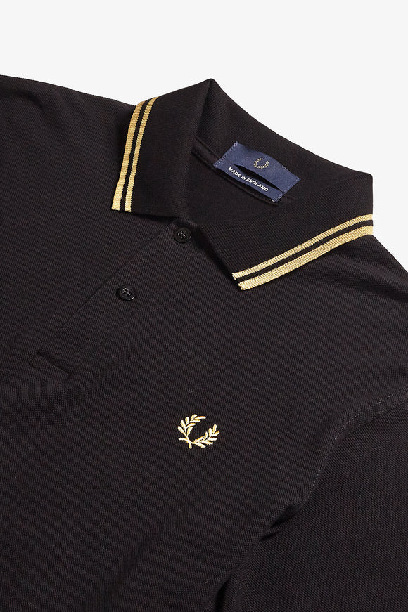 Fred Perry Twin Tipped Polo Black / Gold Champagne