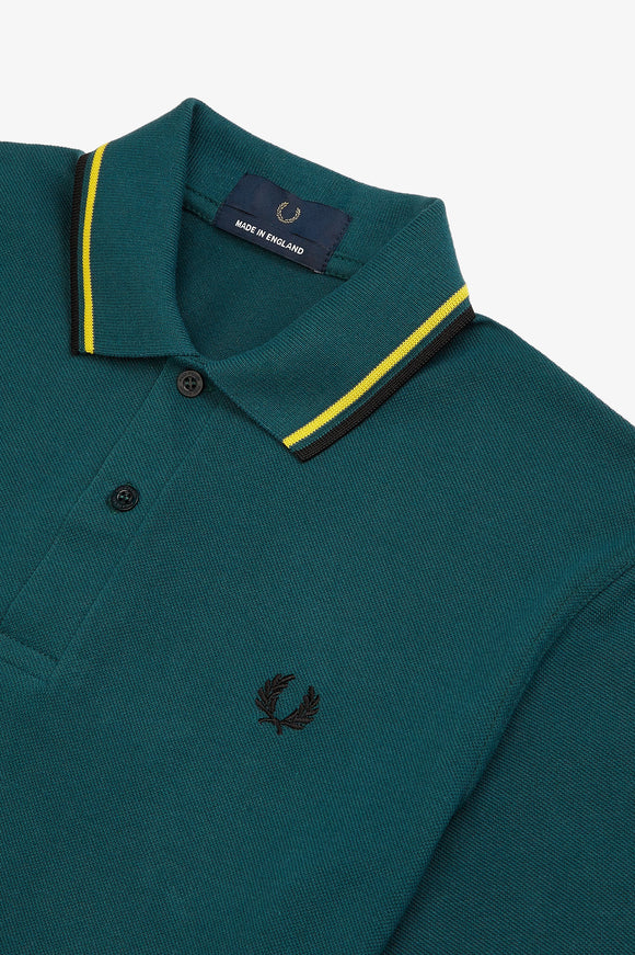 Fred Perry Twin Tipped Polo Petrol / Yellow / Black