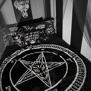 Black Mass Round Blanket