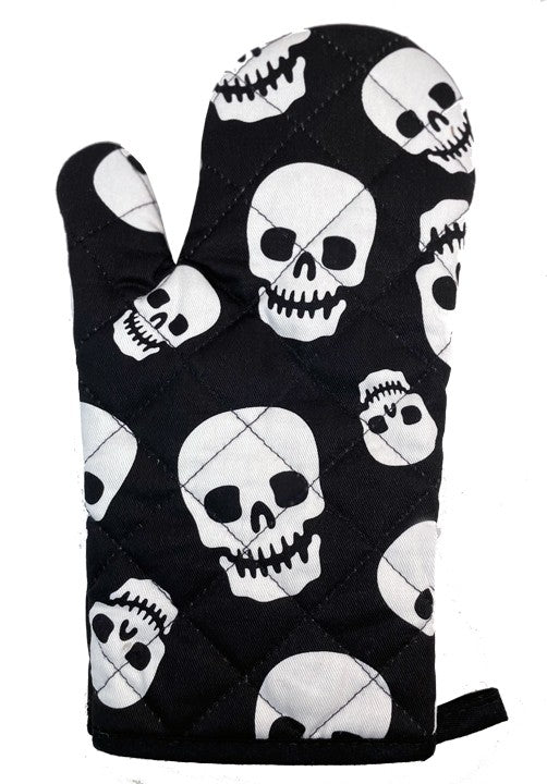 Lust For Skulls Oven Mitt Set