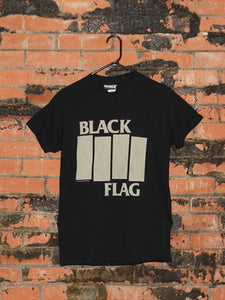 Black Flag Bar Logo Black/Gray Tee