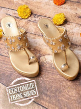 Load image into Gallery viewer, Gold Kolhapuri Wedges