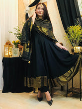 Load image into Gallery viewer, Black Anarkali Kurta Set Set with Tassels - The Wedding Brigade