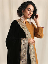 Load image into Gallery viewer, Black Embroidered Shawl