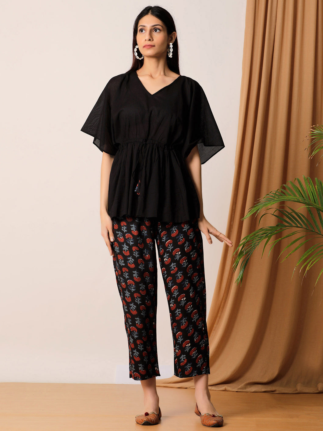Black Solid Top And Hand Blocked Pant Set