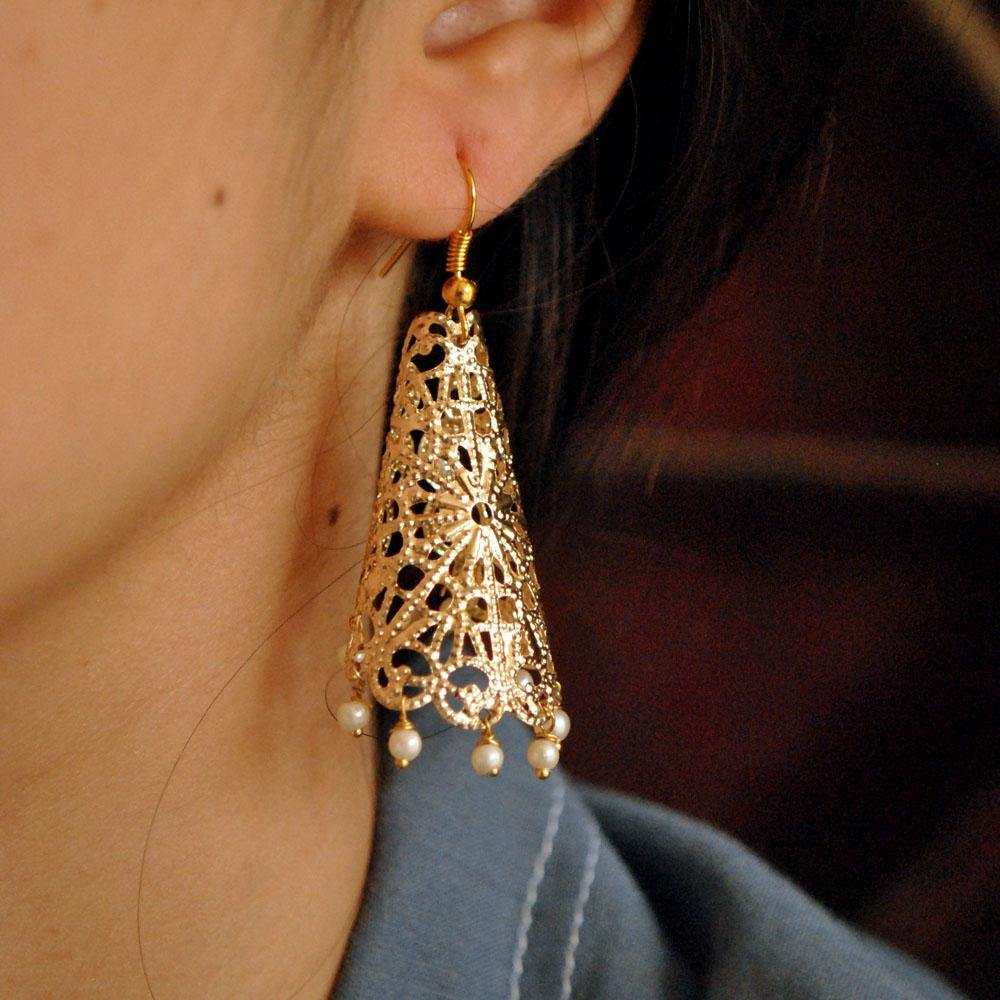 Cone Filigree Earring with Pearl Earring