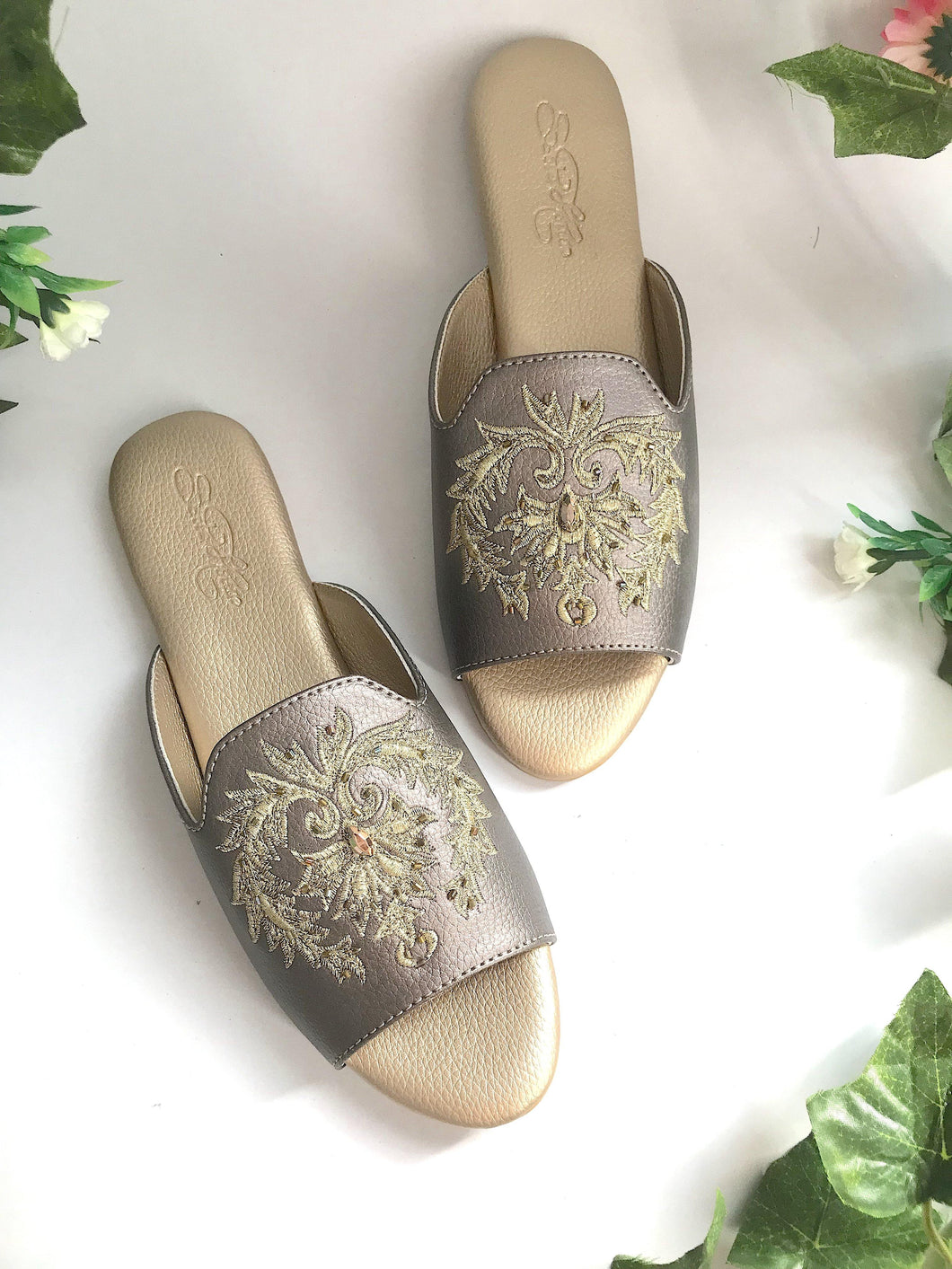 Damask Embroidered Loafers