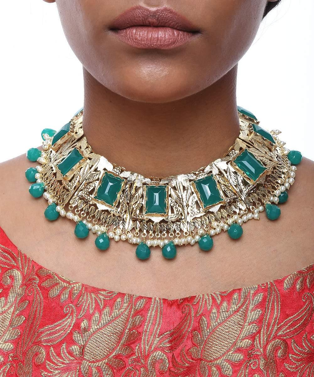 Emerald Neckpiece with Earrings and Ring