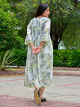 Load image into Gallery viewer, Green Floral Midi Dresss