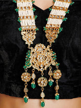 Load image into Gallery viewer, Green Kundan and Pearl Neckpiece - The Wedding Brigade