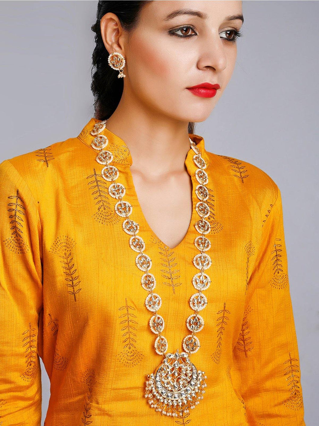 Kundan and Pearl Neck Piece