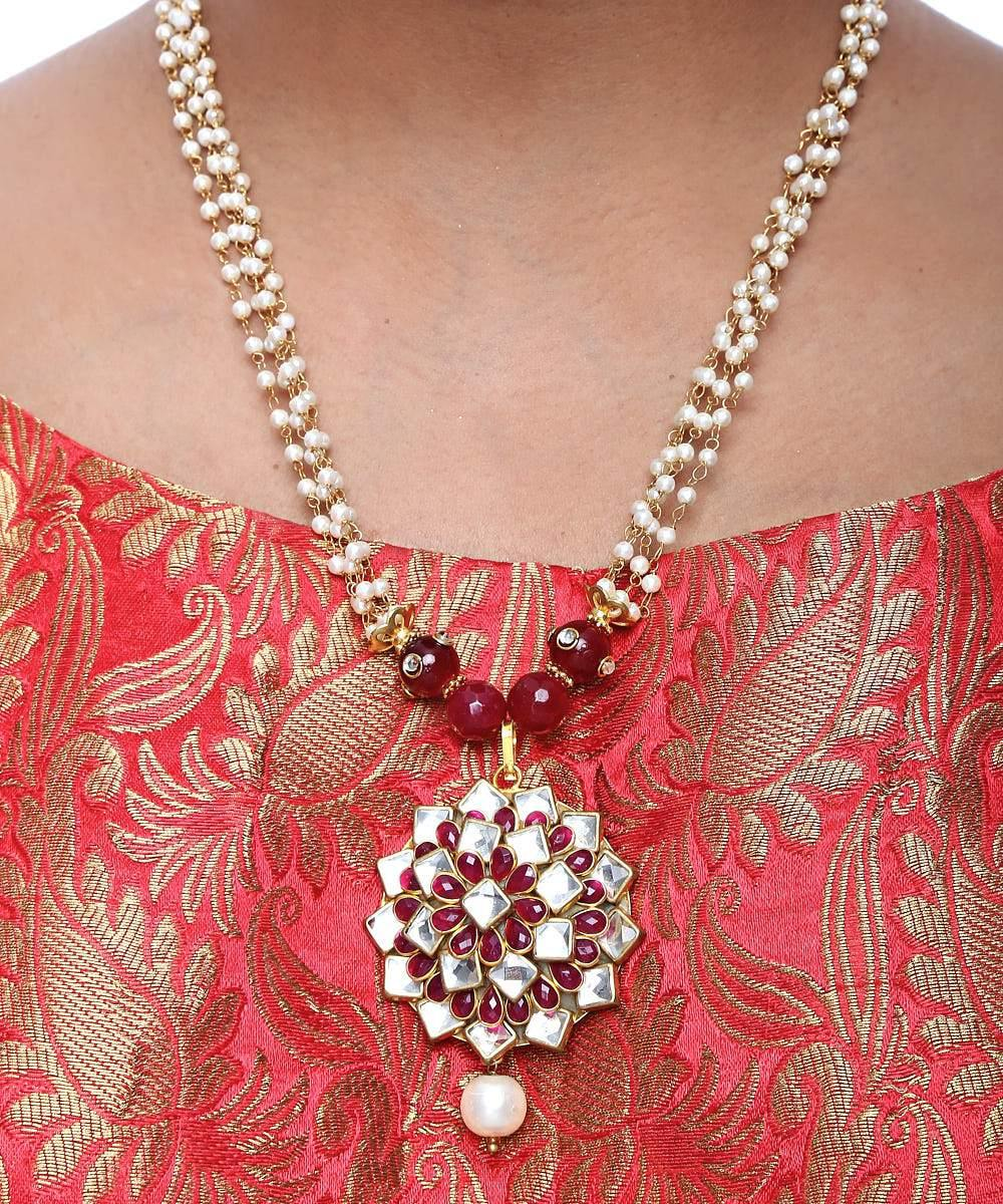 Maroon Kundan Necklace and Studs Set