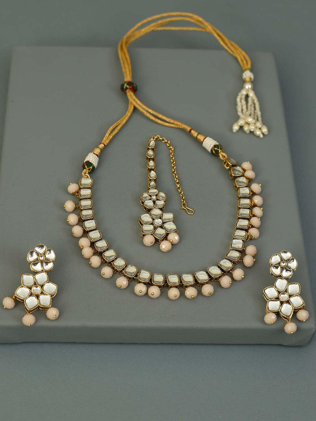 Peach Kundan Jewellery Set