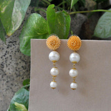Load image into Gallery viewer, The Golder Porcuping Earrings - The Wedding Brigade