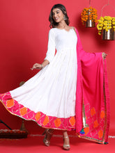 Load image into Gallery viewer, White Anarkali Kurta Set
