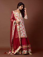 Load image into Gallery viewer, White & Red Printed Kurta Gharara Set