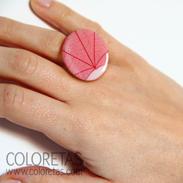 Red Ivy Ring