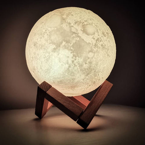 The Royal Moon Lamp