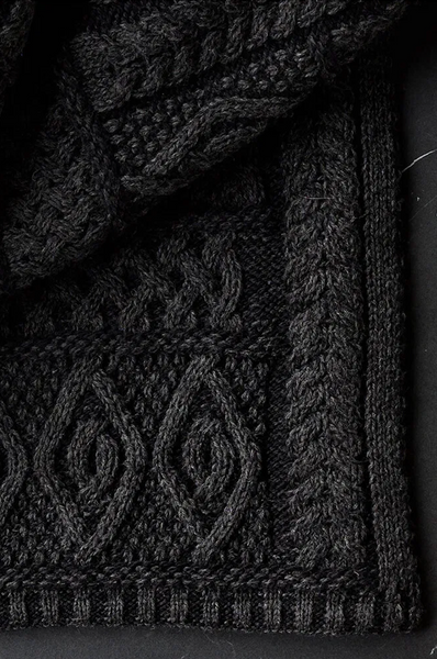 Black Knitted Wool Throw Black ROOTS LIVING Davanti Home Ideas