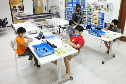 stem programmes at learning centres in Singapore