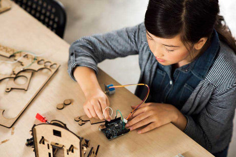 Arduino Education Girl