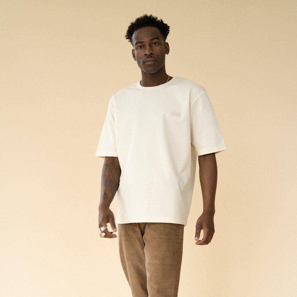 bound 'NATURAL PREMIUM' Tee - UN:IK Clothing