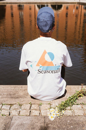 Seasonal Hero 'Isolate' Tee - White - UN:IK Clothing