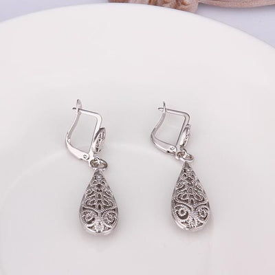 Bohemina Filigree Drop Earring in 18K White Gold Plated - pinacled
