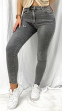 Lade das Bild in den Galerie-Viewer, High Waist Skinny-Jeans