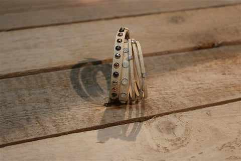 BRACELET PAULINE OFFWHITE / WITH PEARL & STUDS
