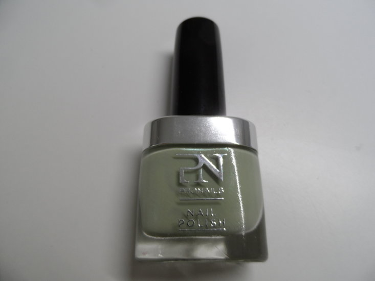 Nail polish 338 - Pronails