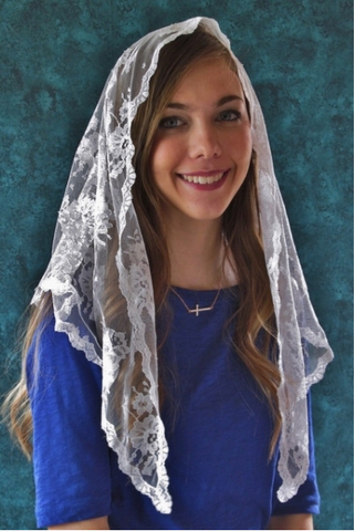 Long White Chantilly Lace Mantilla Veil