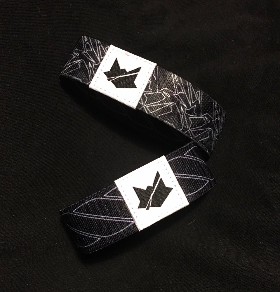 Fractured Fox reversible camo wristband