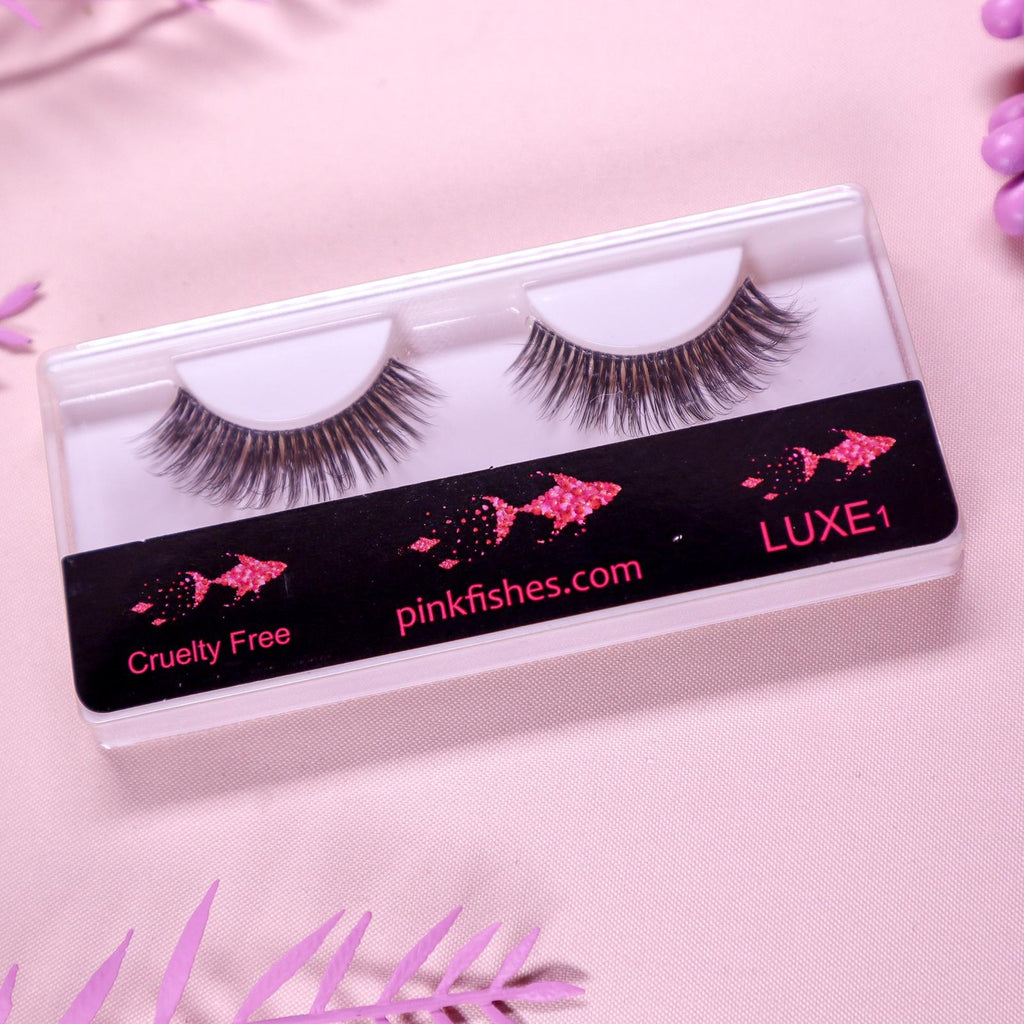 MUA Strip Lashes LUXE1