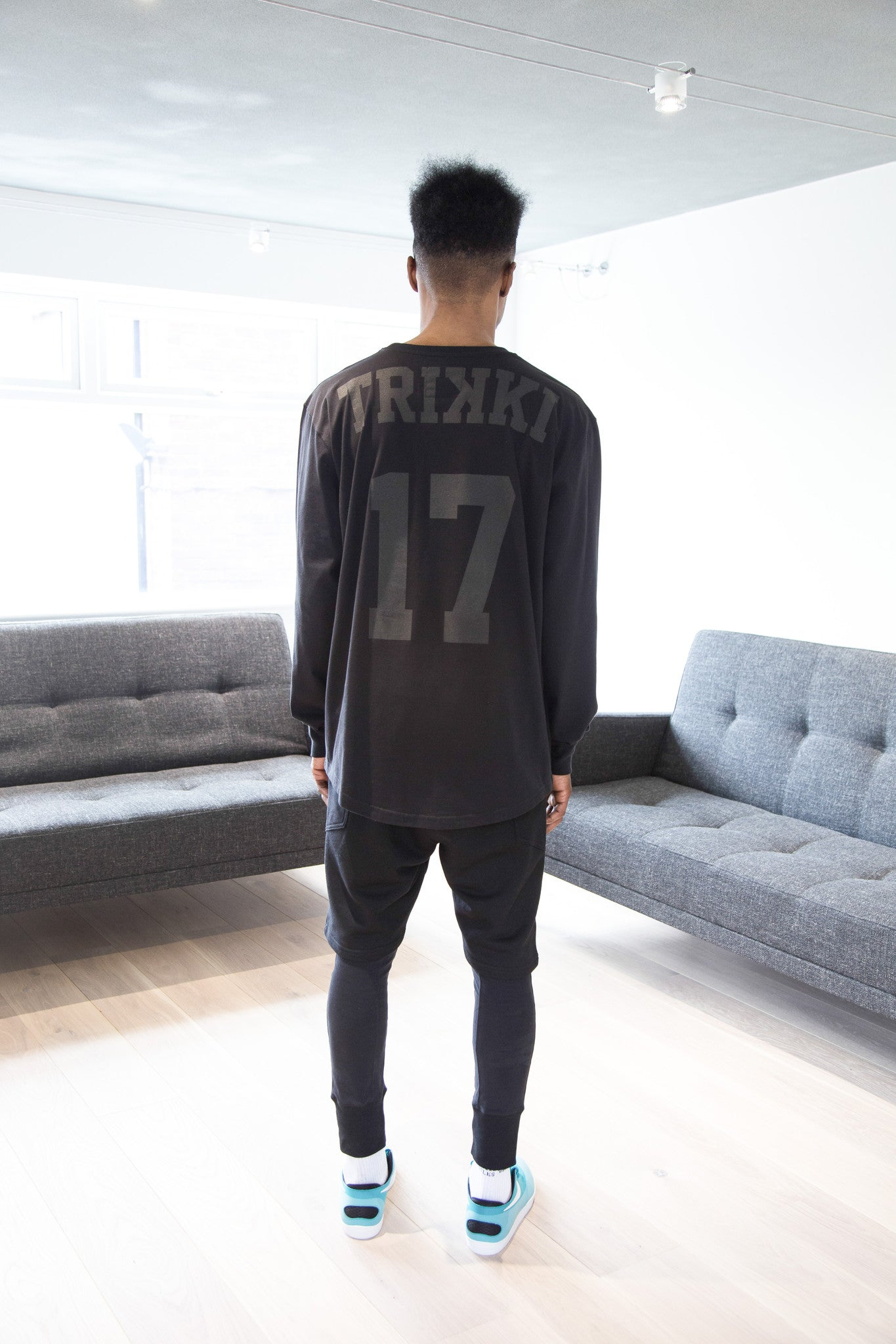 BASED : long sleeve t-shirt : oversized : baseball : black