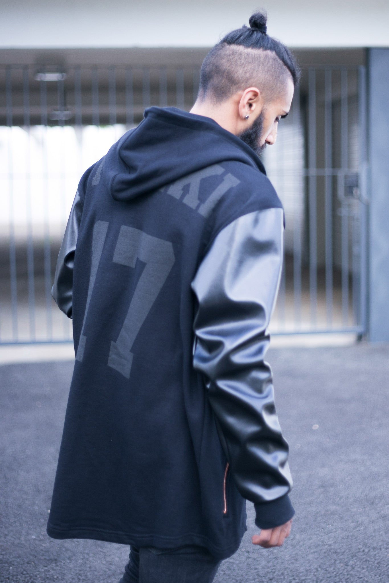 EXPLICIT : jacket : oversized : baseball : black
