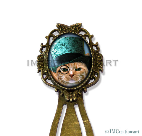 Teal Top Hat Tabby Cat