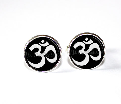Om Sign of Meditation Mantra
