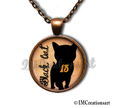 Black Cat Lucky 13