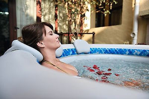 HeatWave Inflatable Spa Headrest and Drink Holder for Spa / Hot Tub Wall