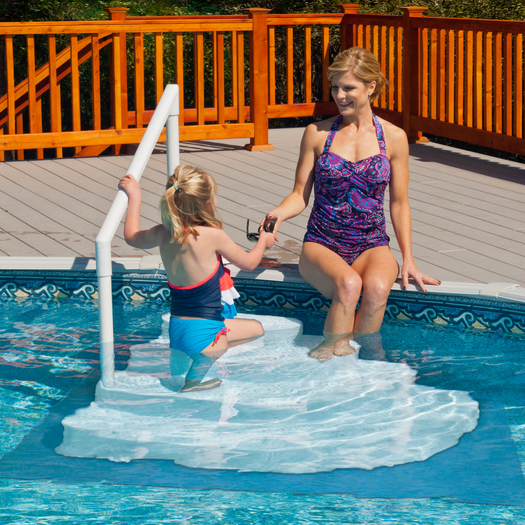 White Wedding Cake In Pool Step to Deck System