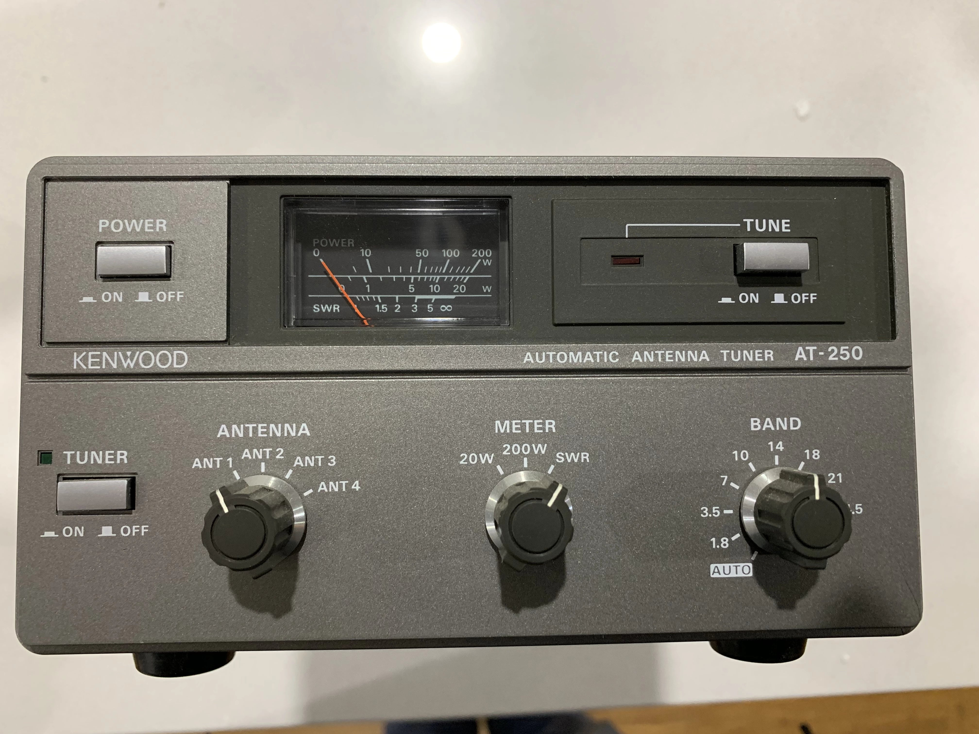 AT-250 Automatic Antenna Tuner
