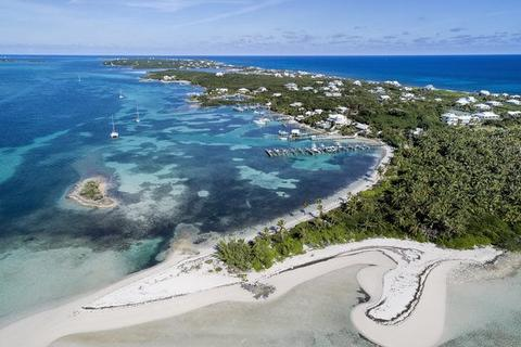 Aerial view of Tahiti Beach and Elbow Cay in Abaco, Bahamas